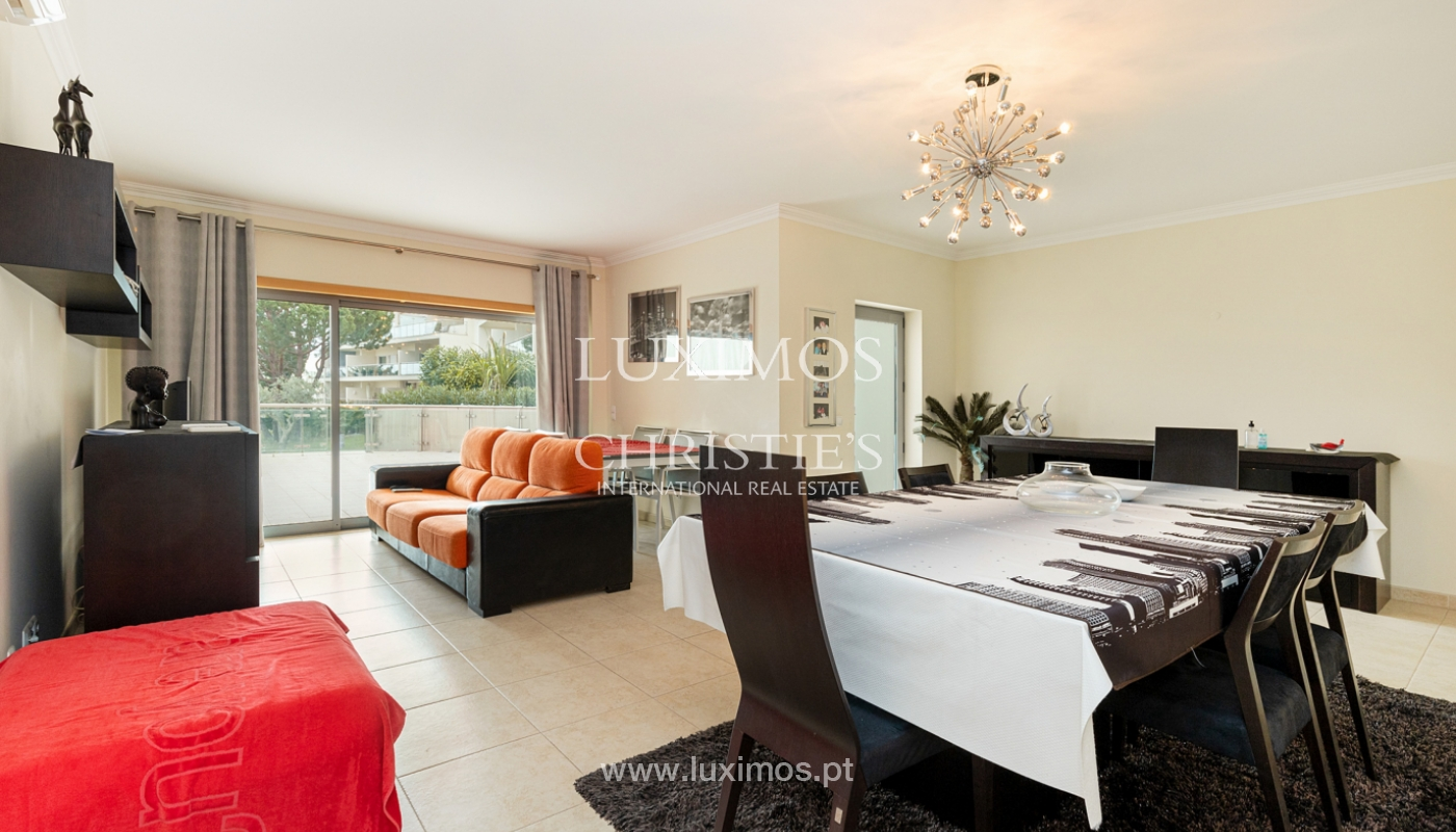 Moradia geminada V3, condomínio fechado, Albufeira, Algarve_159948