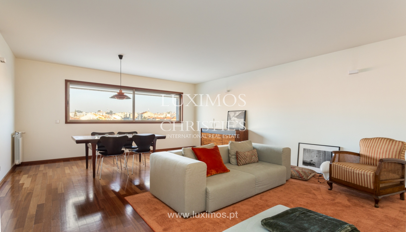 Luxury apartment with balcony, for sale, in Ramalde, Porto, Portugal_160134