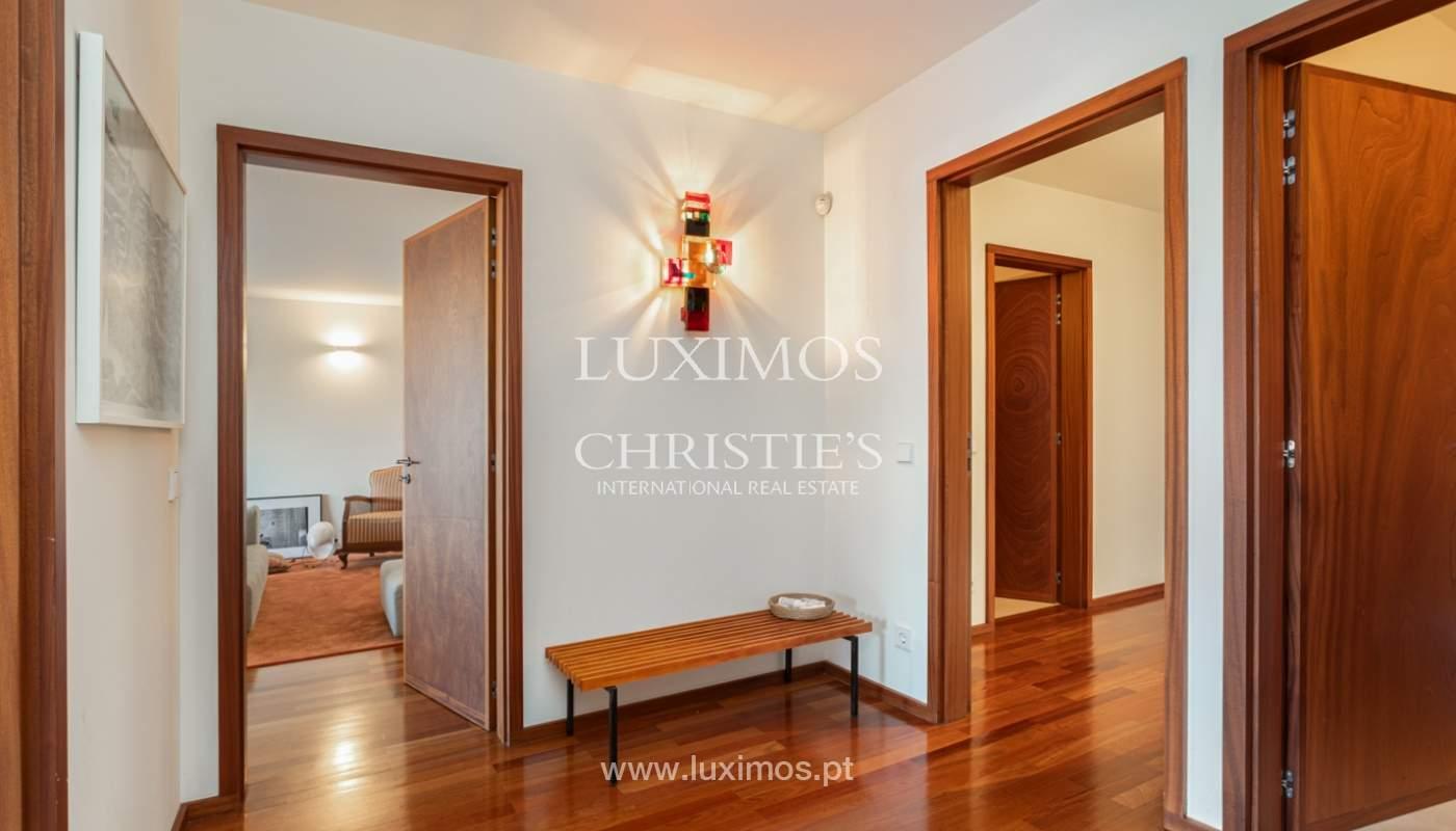 Luxuriöse Wohnung mit Balkon, zu verkaufen, in Ramalde, Porto, Portugal_160135