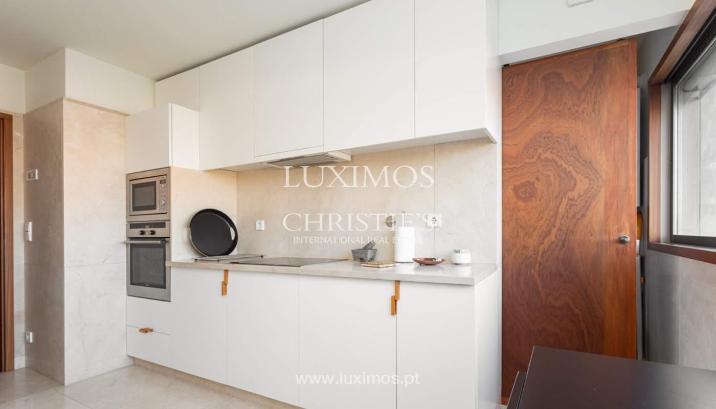 Luxuriöse Wohnung mit Balkon, zu verkaufen, in Ramalde, Porto, Portugal_160139