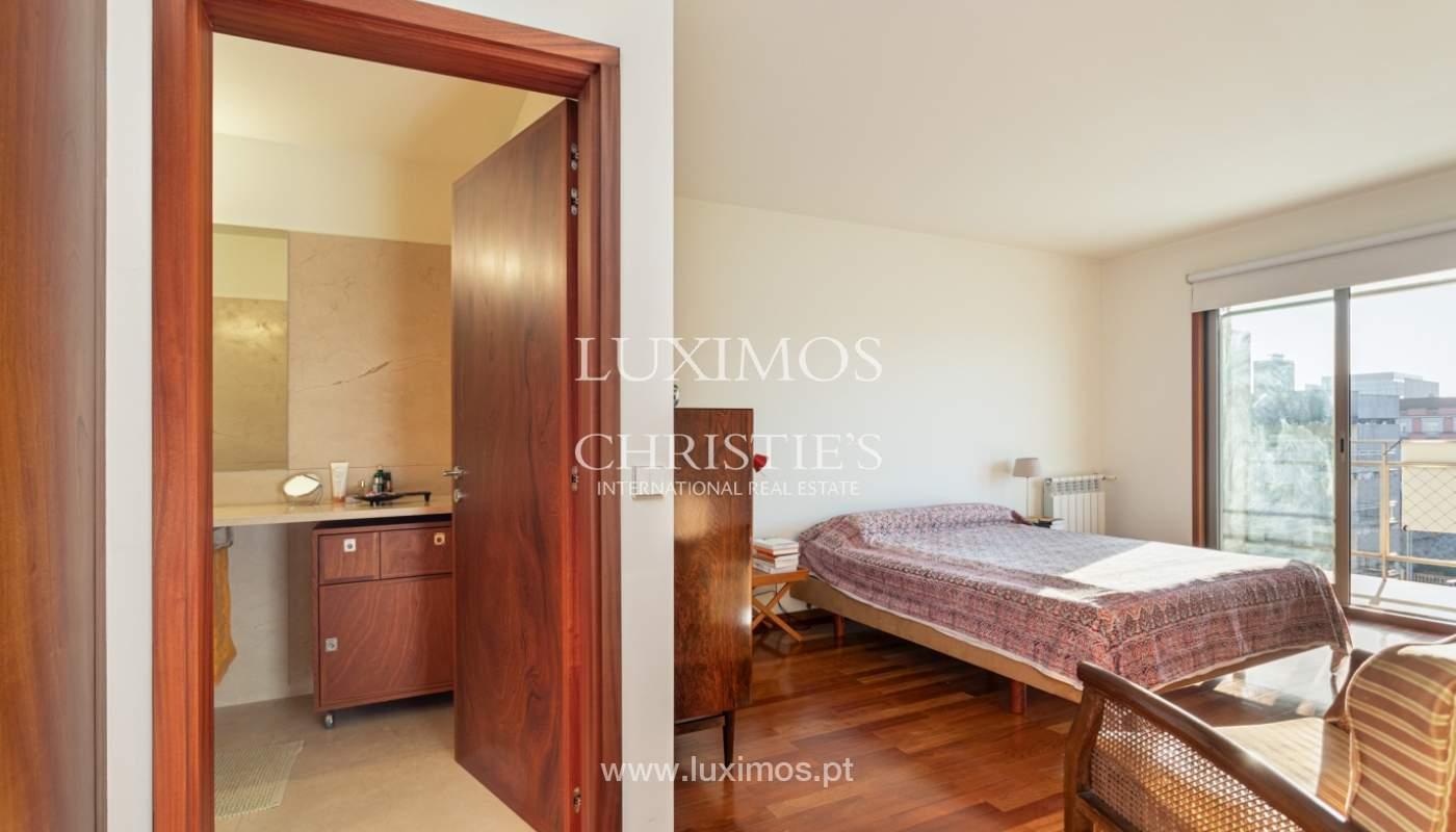 Luxuriöse Wohnung mit Balkon, zu verkaufen, in Ramalde, Porto, Portugal_160145