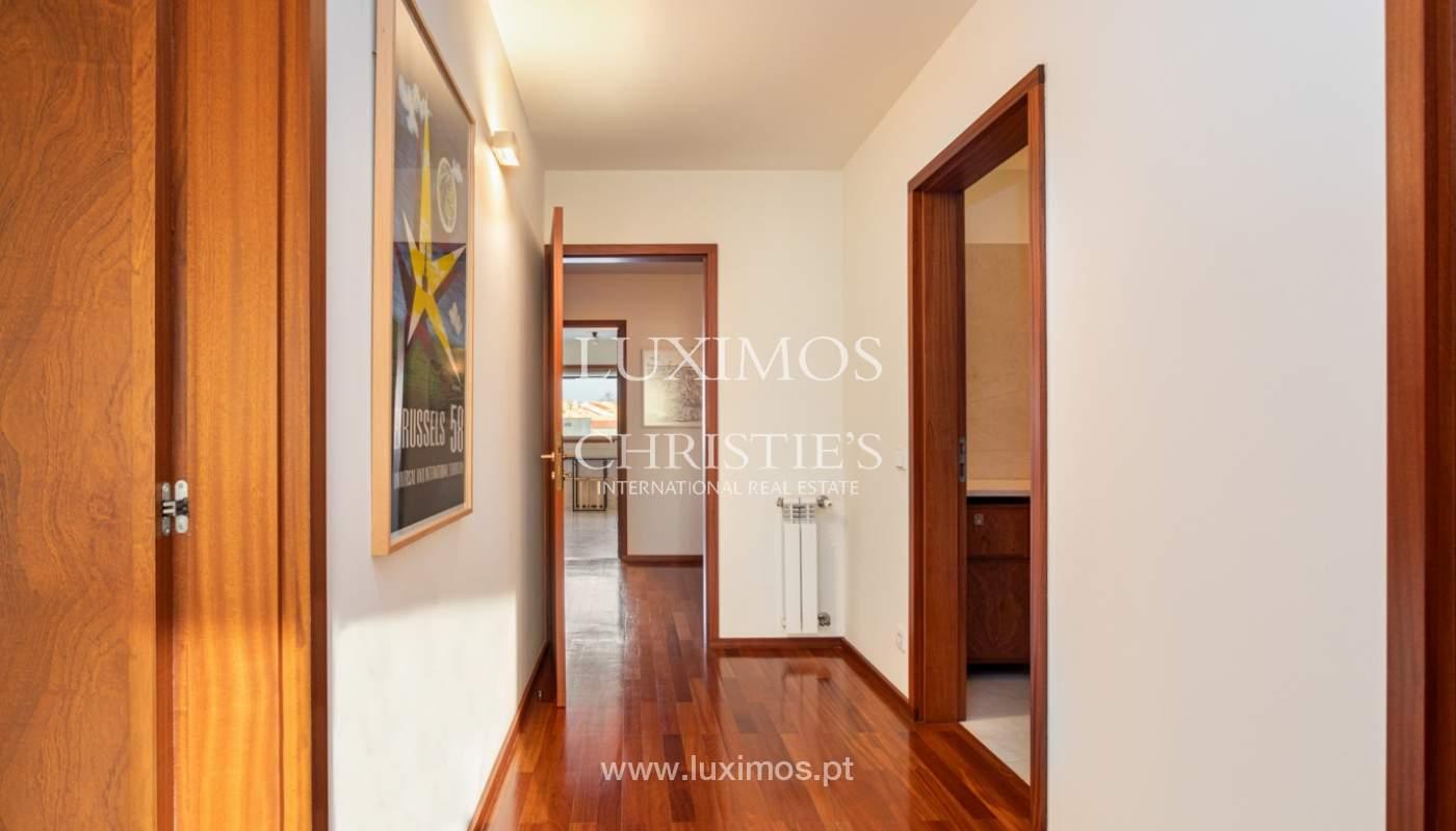 Luxuriöse Wohnung mit Balkon, zu verkaufen, in Ramalde, Porto, Portugal_160152