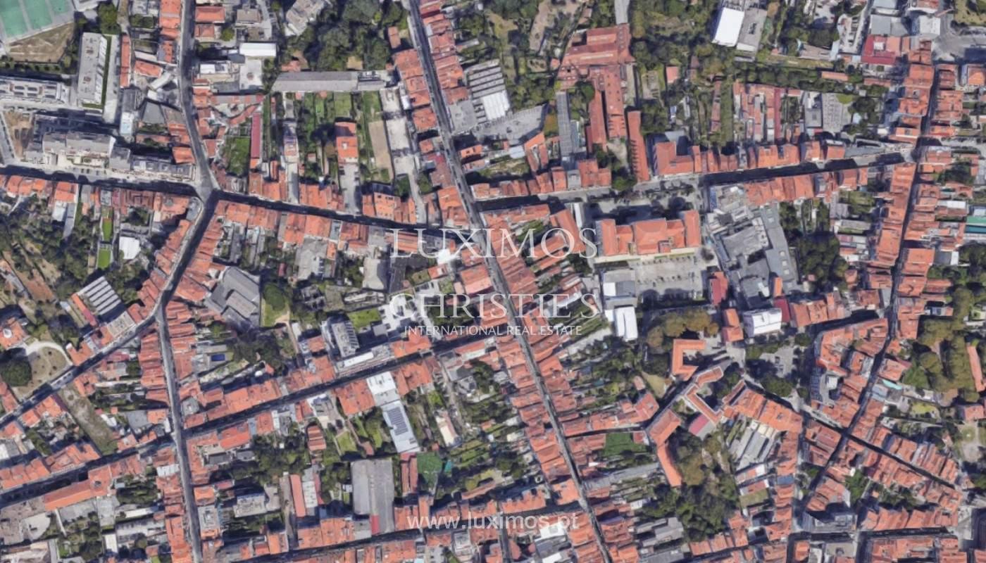 Edificio con proyecto aprobado, en venta, en el centro de Oporto, Portugal_160263