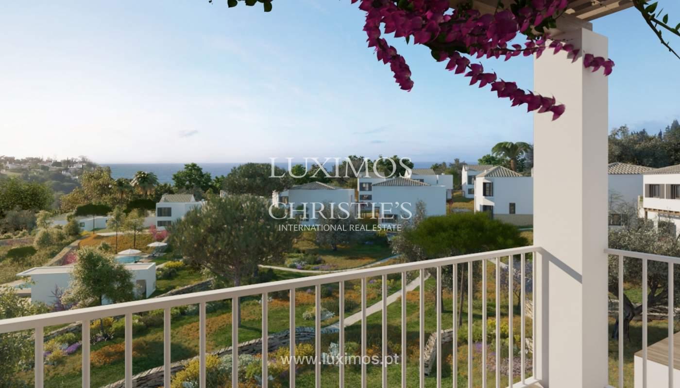 Villa de 3 dormitorios, en un condominio de lujo, Carvoeiro, Algarve_160785