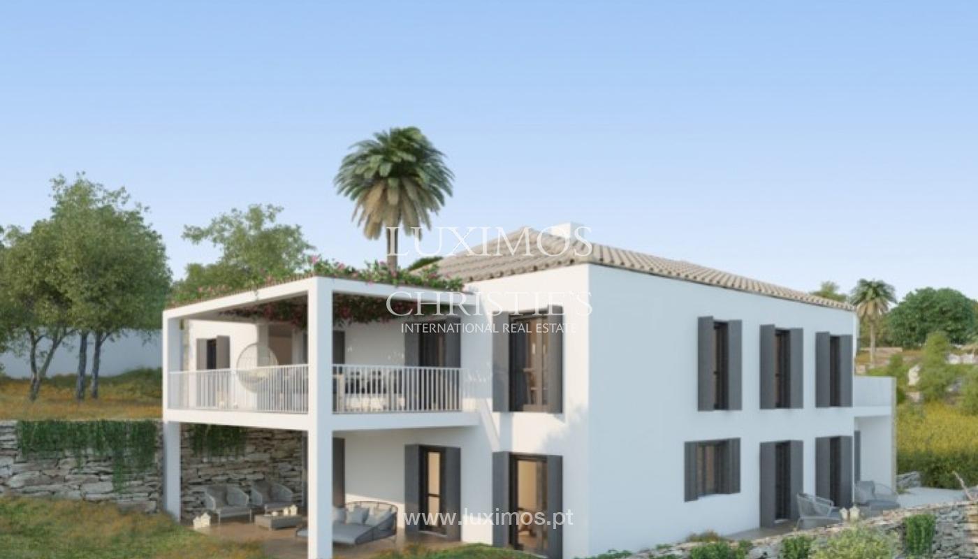 Villa de 5 chambres, dans un condominium de luxe avec une piscine privée, Carvoeiro, Algarve_161132