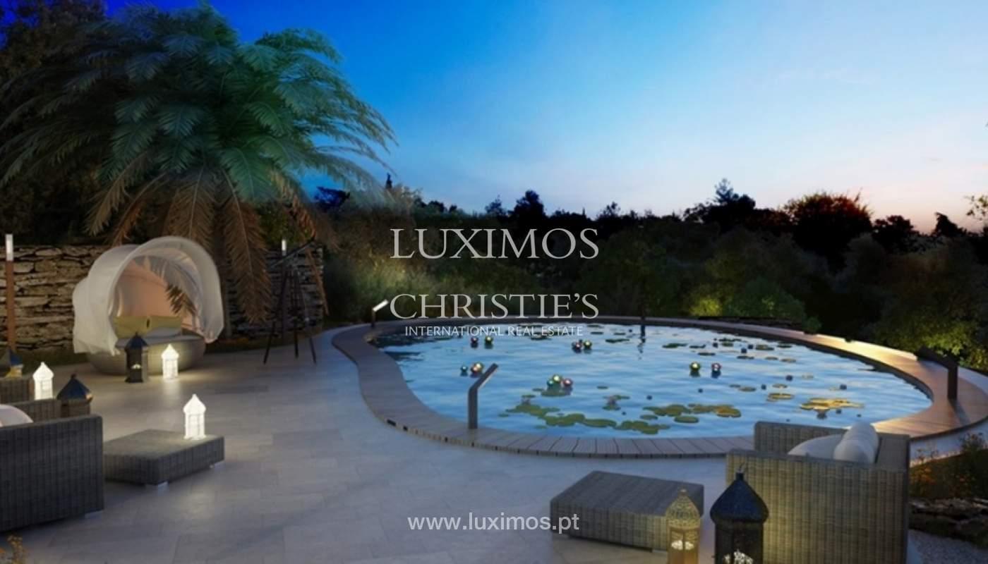 Villa de 5 chambres, dans un condominium de luxe avec une piscine privée, Carvoeiro, Algarve_161134