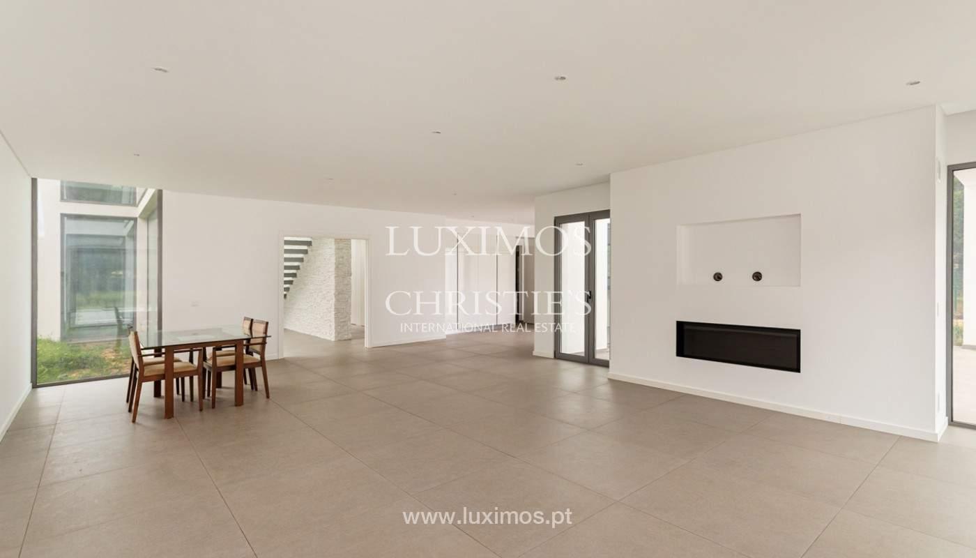 Venda de moradia de luxo moderna em Vilamoura, Algarve_161334