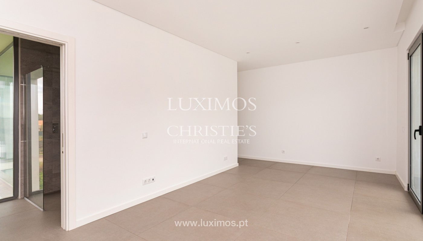 Venda de moradia de luxo moderna em Vilamoura, Algarve_161338