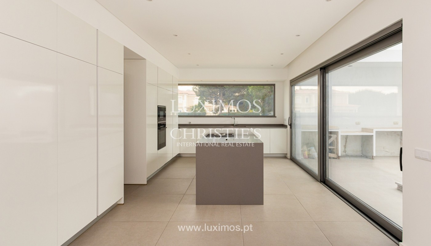 Venda de moradia de luxo moderna em Vilamoura, Algarve_161341