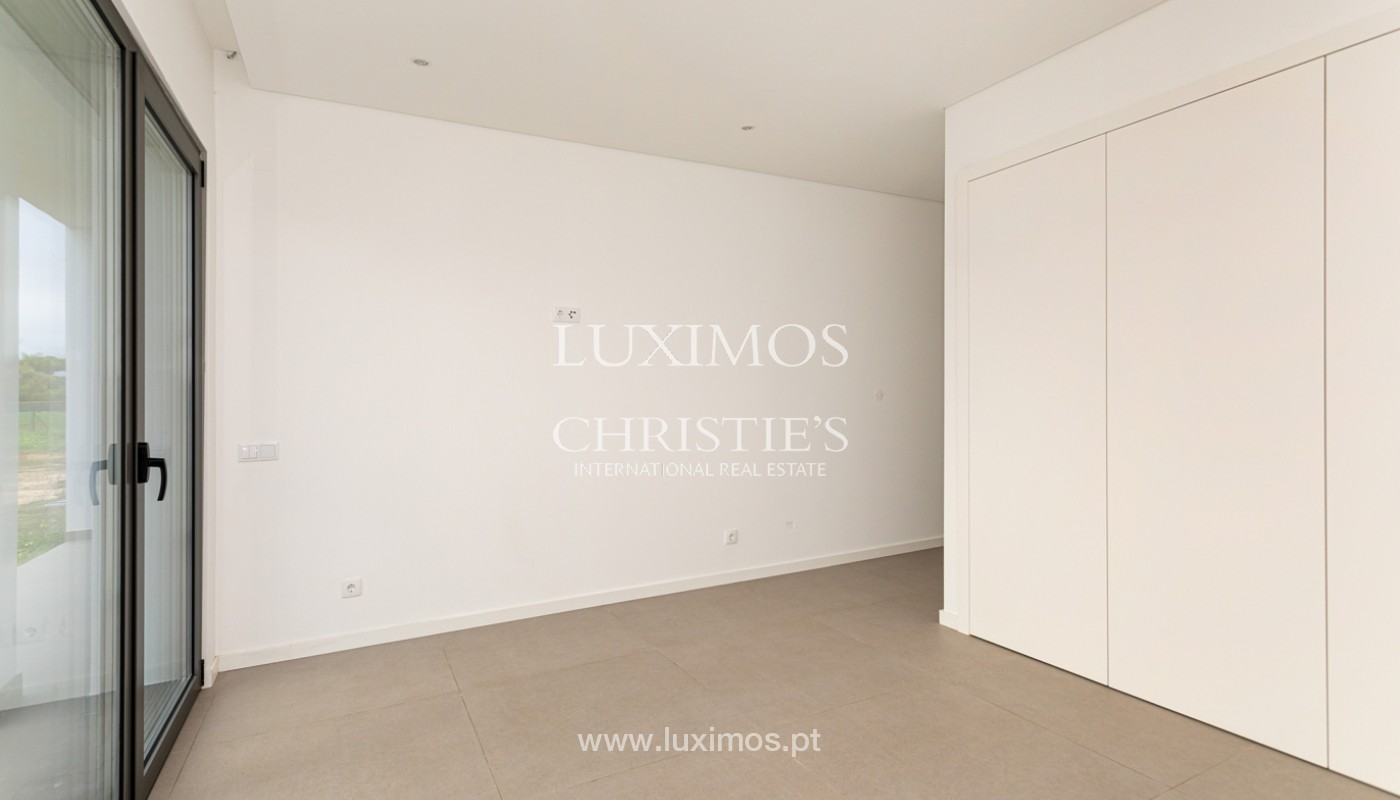 Venda de moradia de luxo moderna em Vilamoura, Algarve_161342