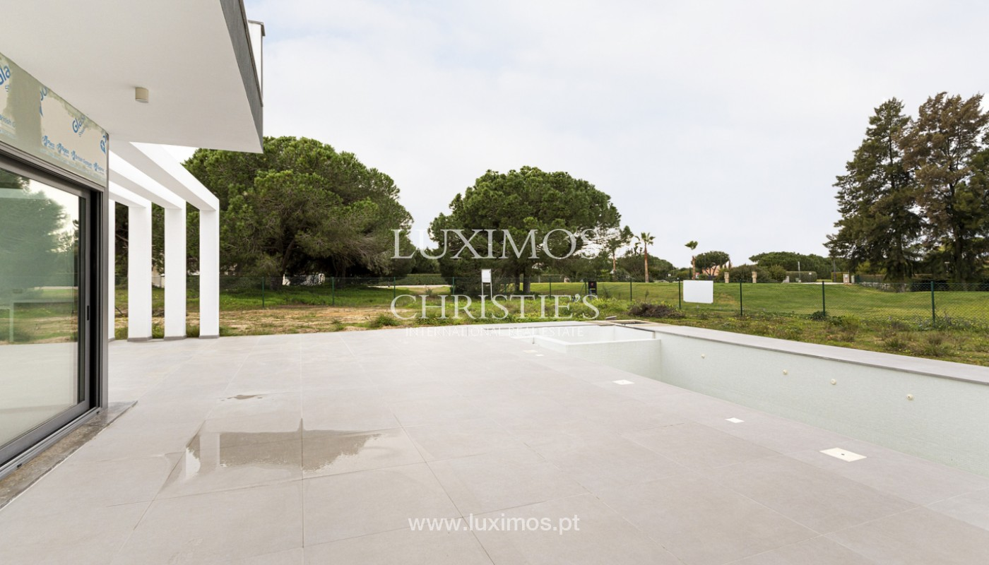 Sale of luxury modern villa in Vilamoura, Algarve, Portugal_161352