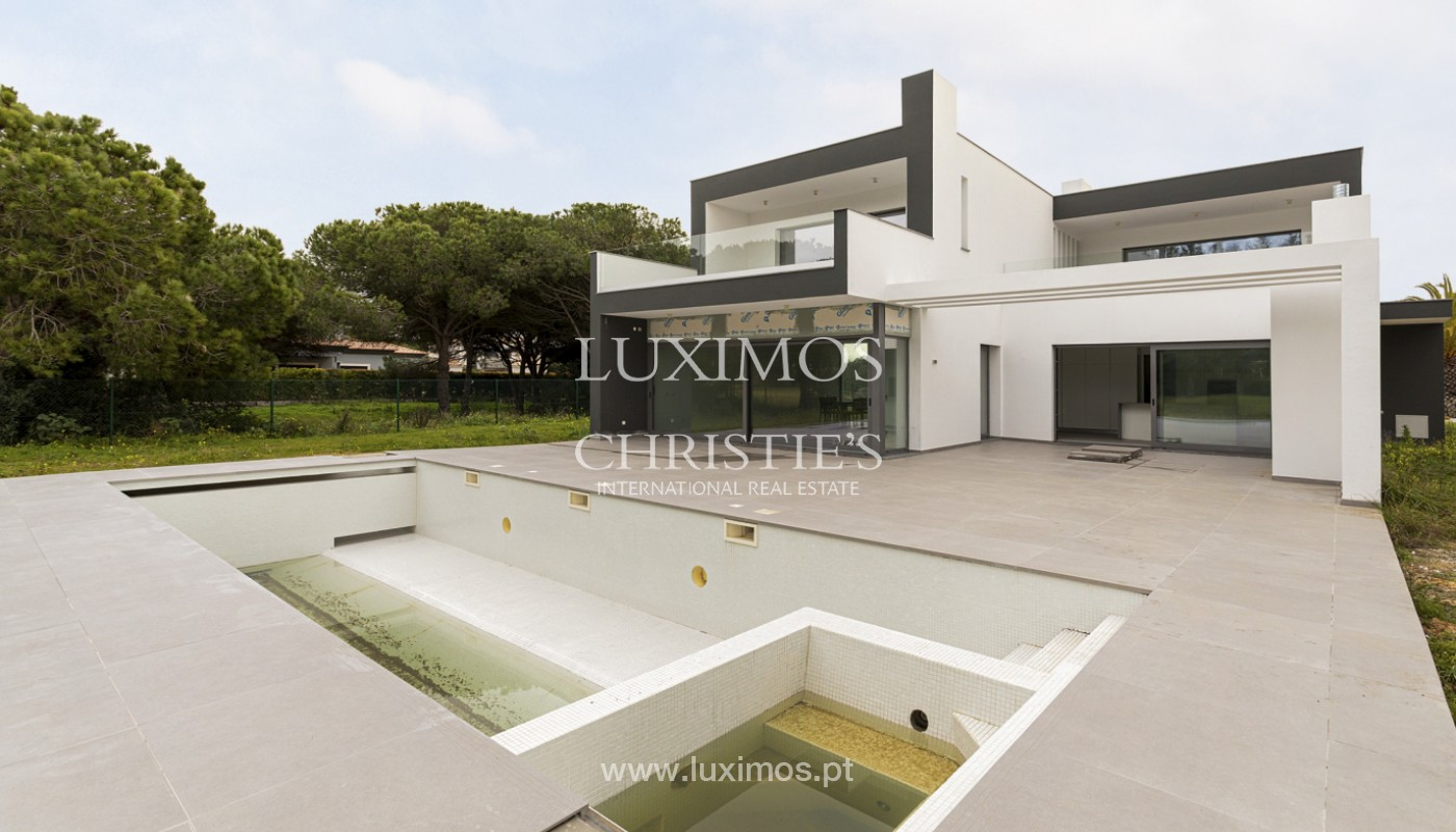 Sale of luxury modern villa in Vilamoura, Algarve, Portugal_161356