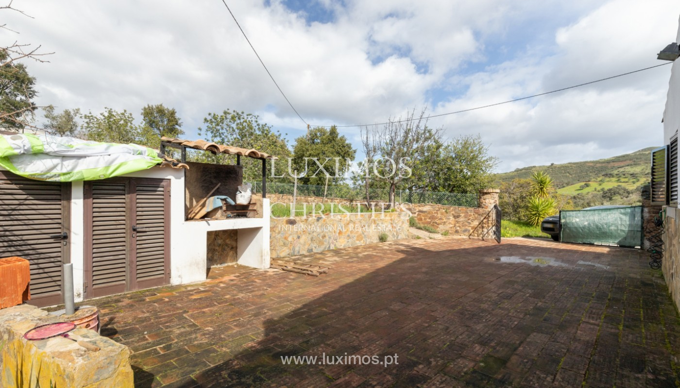 Typical 2 bedroom villa, with mountain and country views, Tavira, Algarve_162031