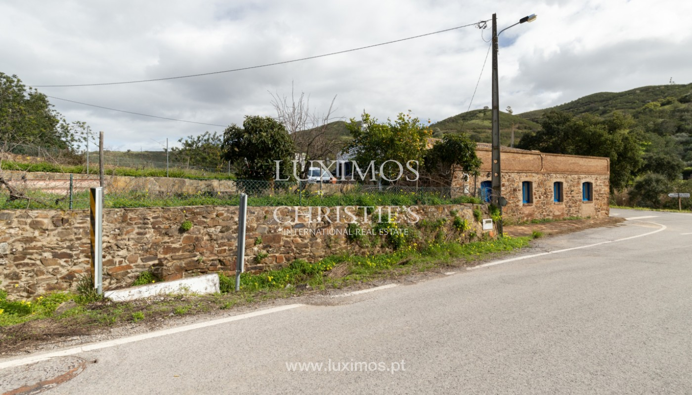 Typical 2 bedroom villa, with mountain and country views, Tavira, Algarve_162036