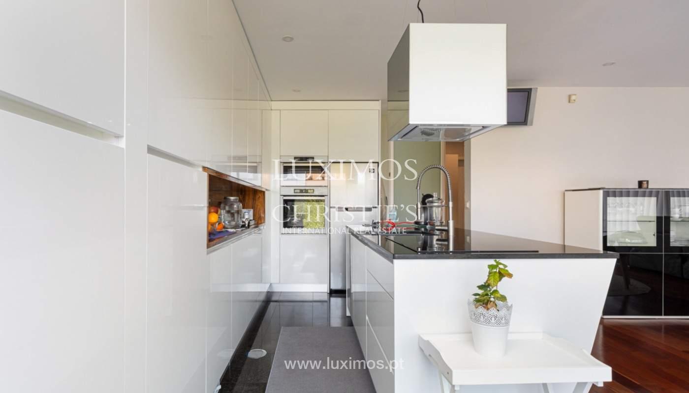 Apartamento com terraço, para venda, próximo da praia em Lavra, Porto, Portugal_162393