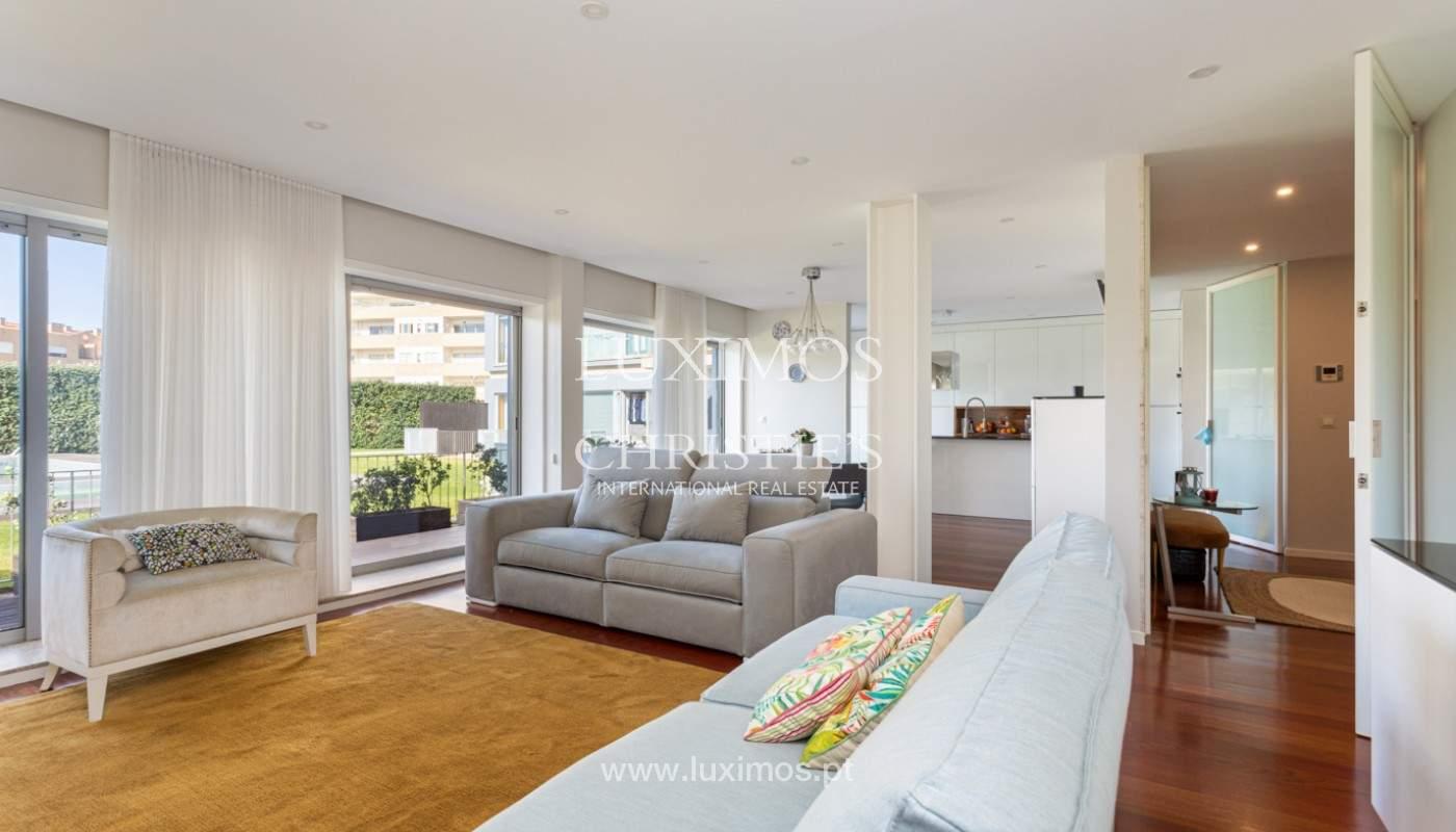 Apartamento com terraço, para venda, próximo da praia em Lavra, Porto, Portugal_162395