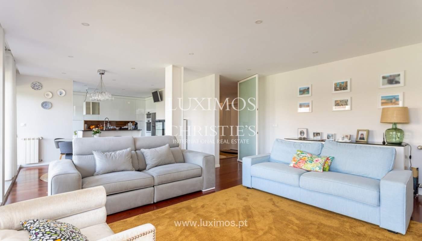 Apartamento com terraço, para venda, próximo da praia em Lavra, Porto, Portugal_162397