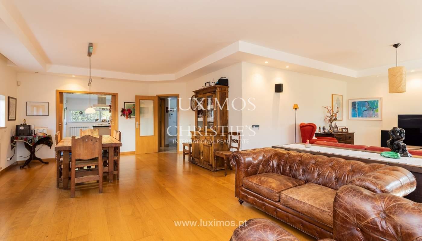 Modern 4 bedroom villa with garden & jacuzzi, Faro, Algarve_162527