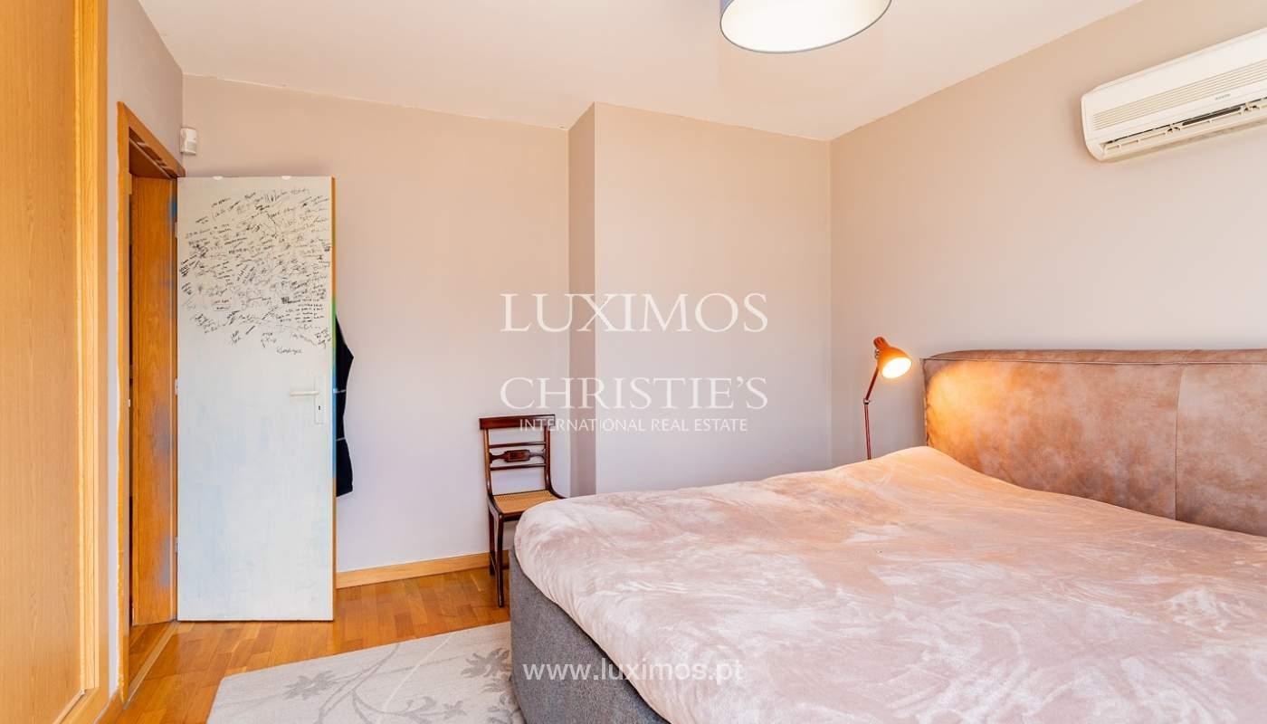 Modern 4 bedroom villa with garden & jacuzzi, Faro, Algarve_162530