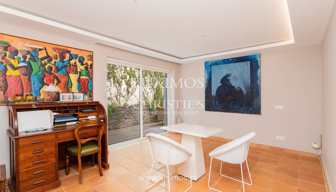 Modern 4 bedroom villa with garden & jacuzzi, Faro, Algarve_162539