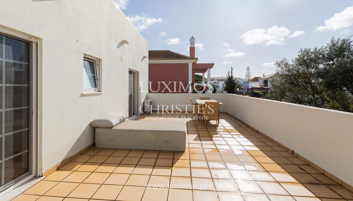 Modern 4 bedroom villa with garden & jacuzzi, Faro, Algarve_162541