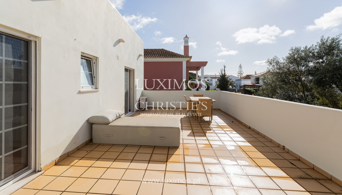 Moderna moradia V4, com jardim e jacuzzi, Faro, Algarve_162541