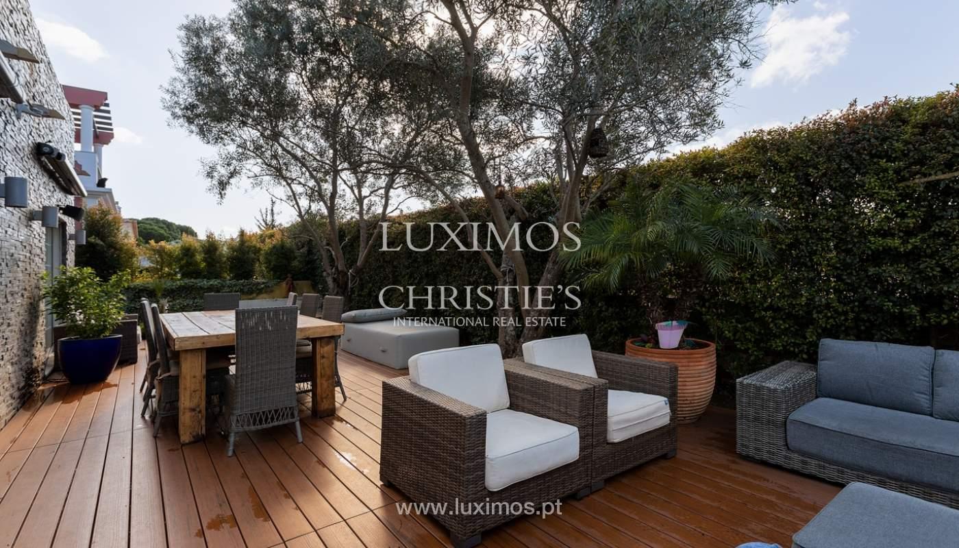 Modern 4 bedroom villa with garden & jacuzzi, Faro, Algarve_162546