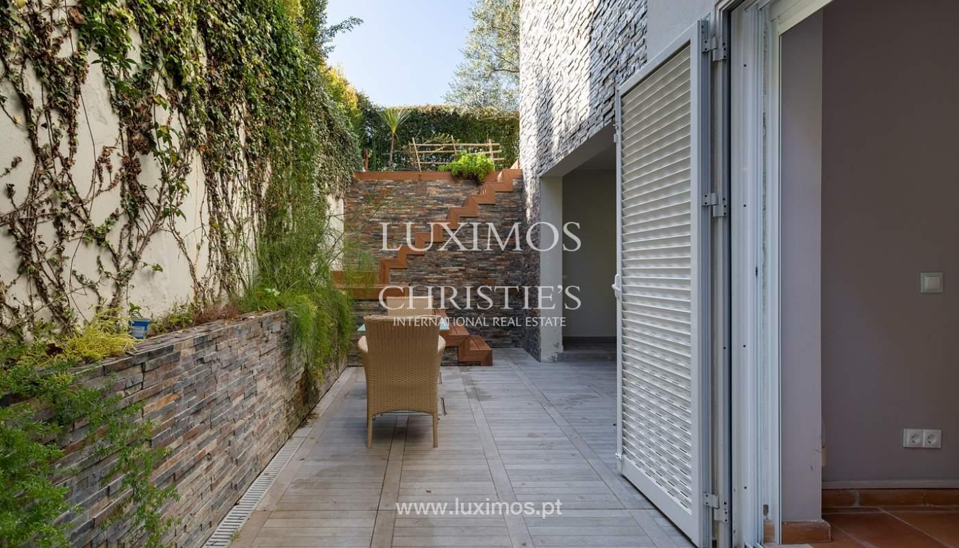 Modern 4 bedroom villa with garden & jacuzzi, Faro, Algarve_162547