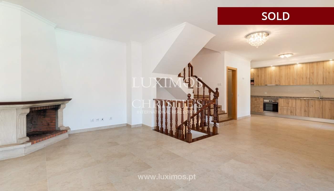 Villa de 4 dormitorios, renovada con piscina, Albufeira _162549