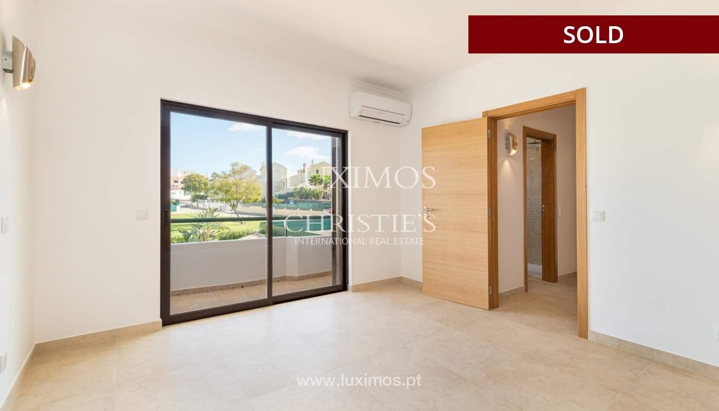 Villa de 4 dormitorios, renovada con piscina, Albufeira _162553