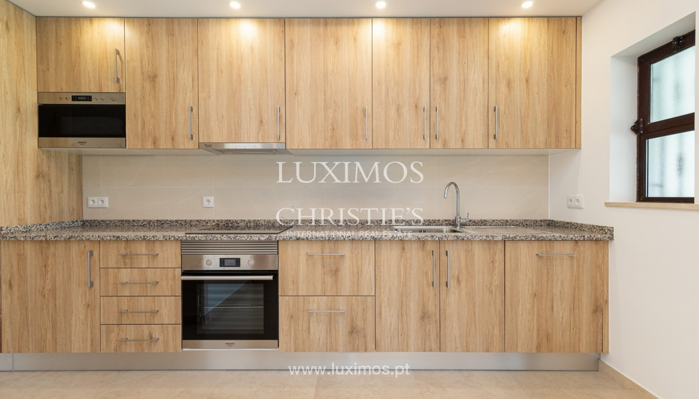 Villa de 4 dormitorios, renovada con piscina, Albufeira _162554