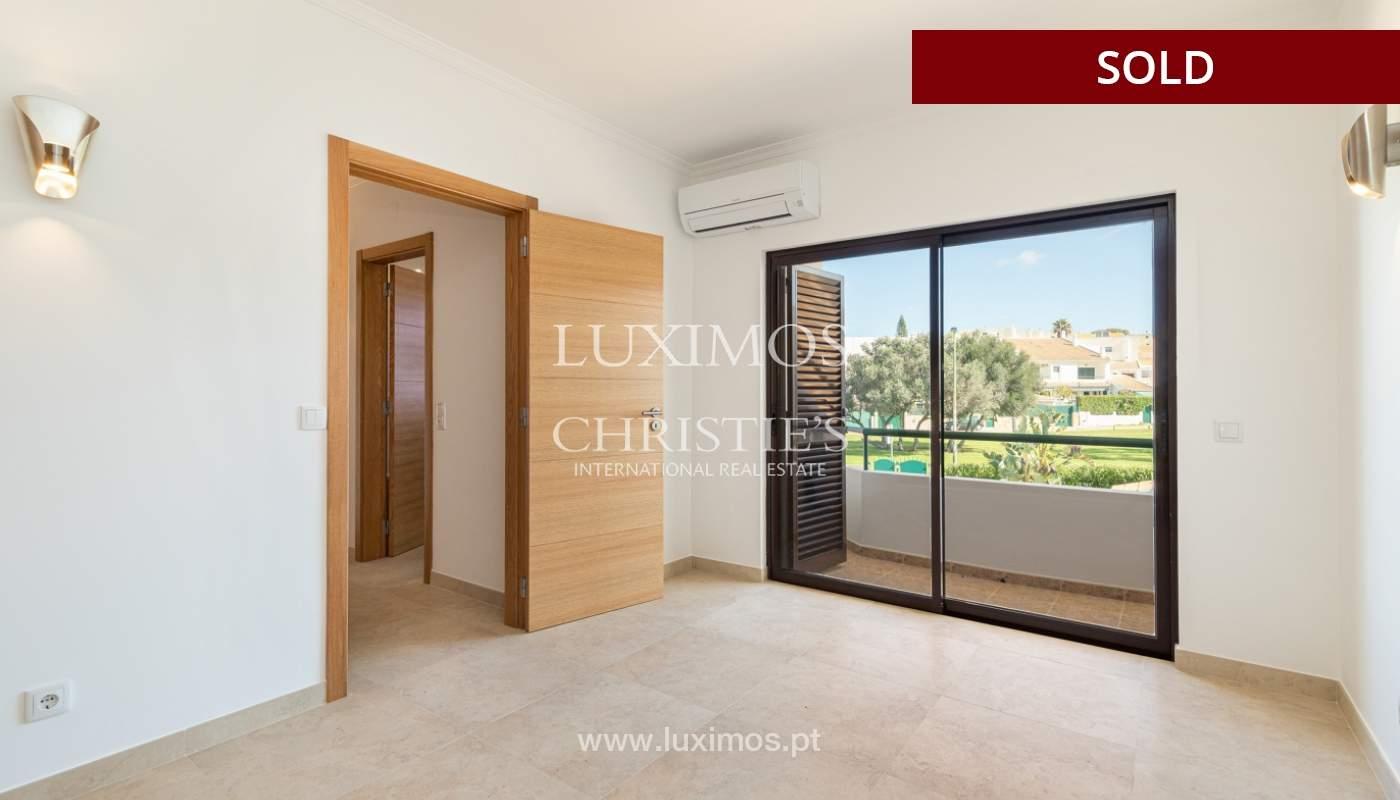 Villa de 4 dormitorios, renovada con piscina, Albufeira _162556