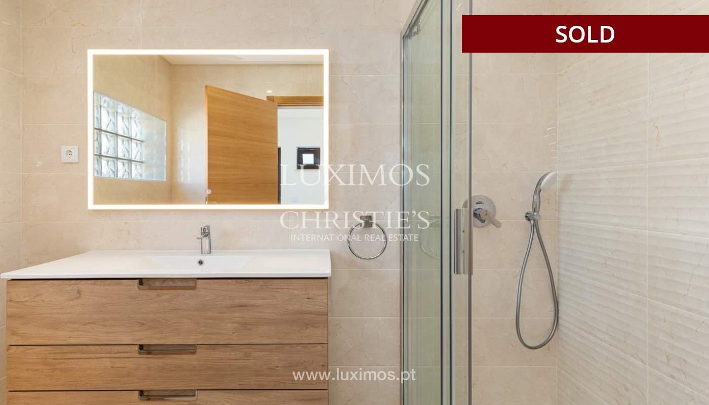 Villa de 4 dormitorios, renovada con piscina, Albufeira _162561