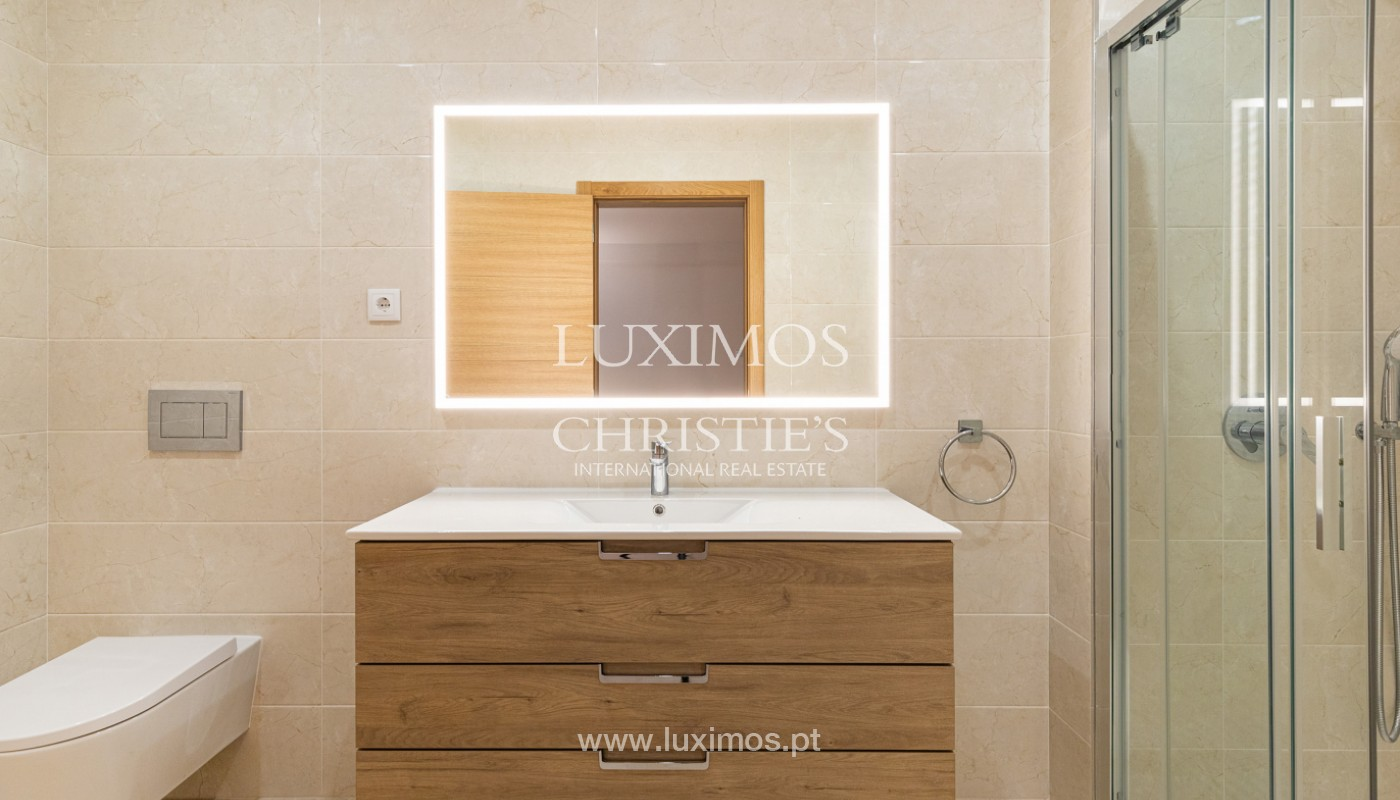 Villa de 4 dormitorios, renovada con piscina, Albufeira _162562