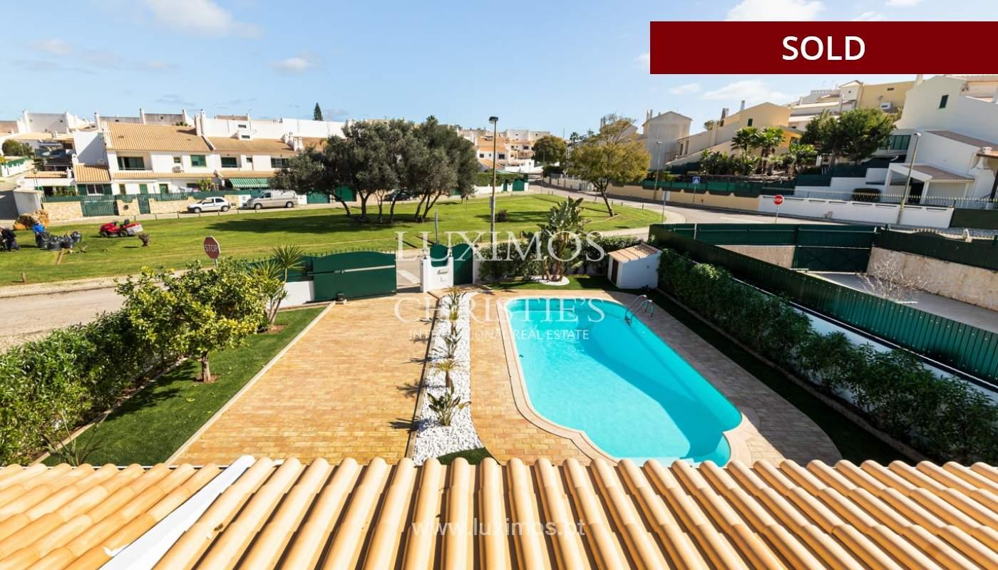 Villa de 4 dormitorios, renovada con piscina, Albufeira _162567
