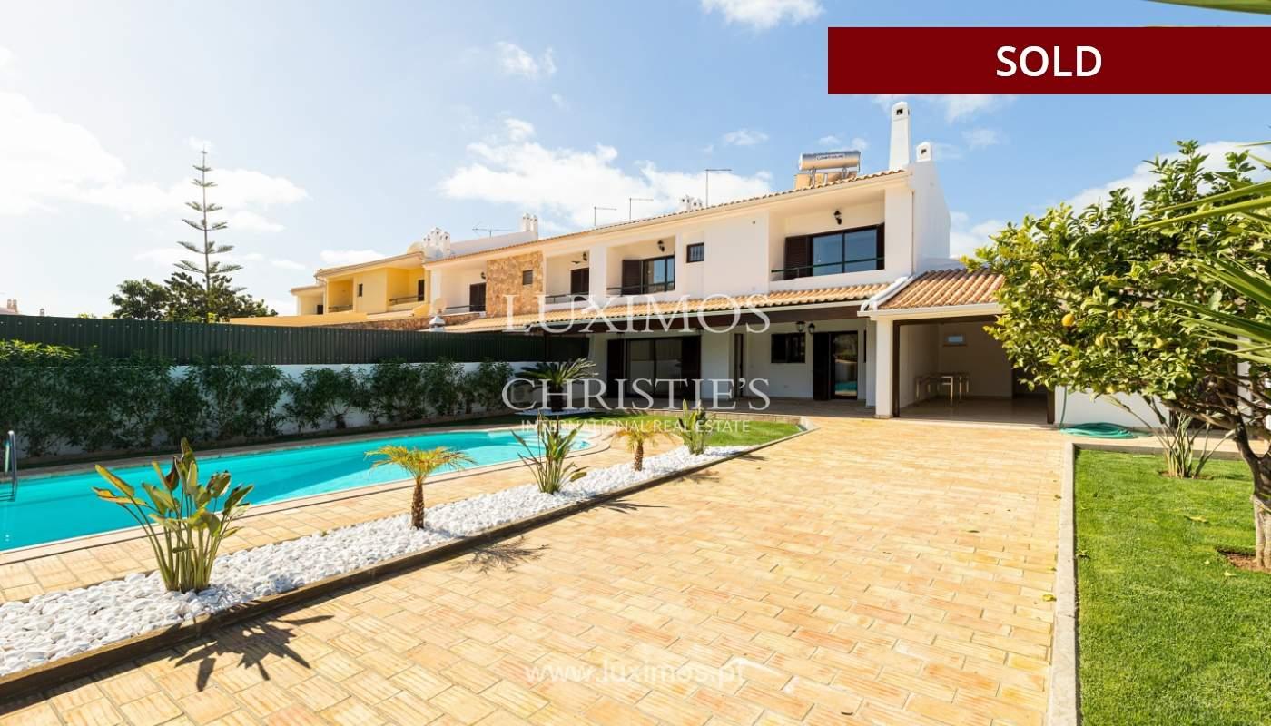 Villa de 4 dormitorios, renovada con piscina, Albufeira _162568