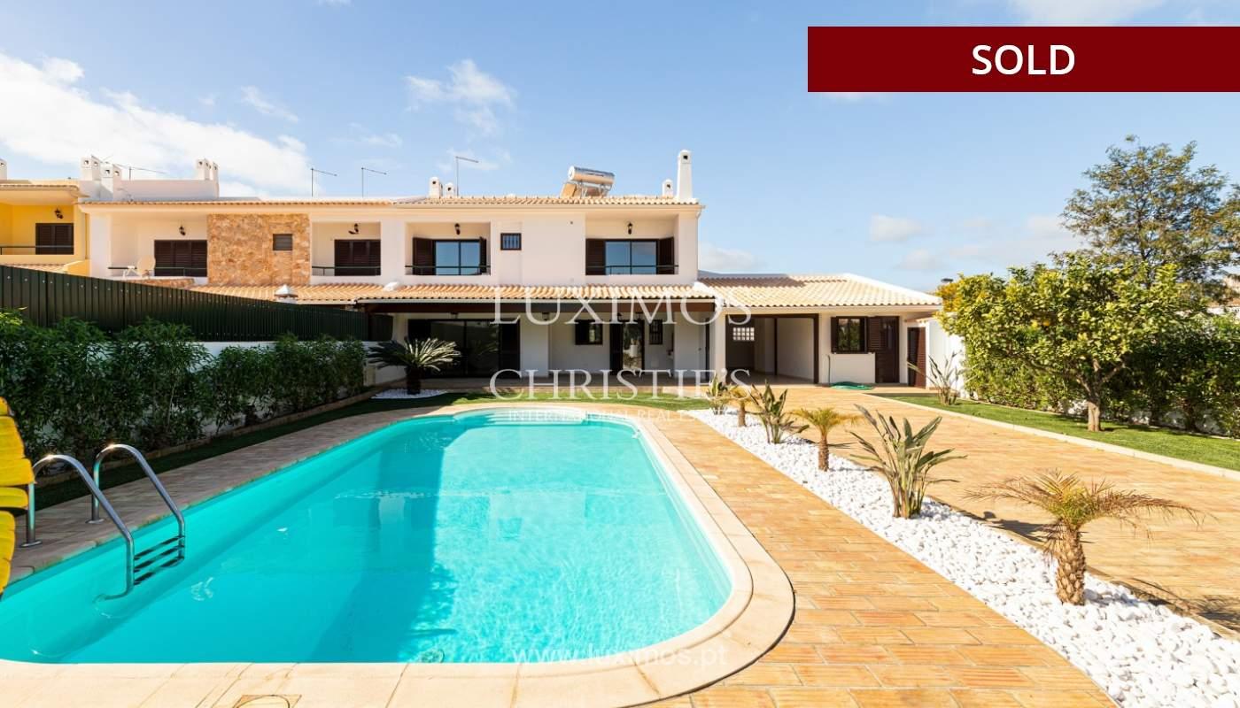Villa de 4 dormitorios, renovada con piscina, Albufeira _162570
