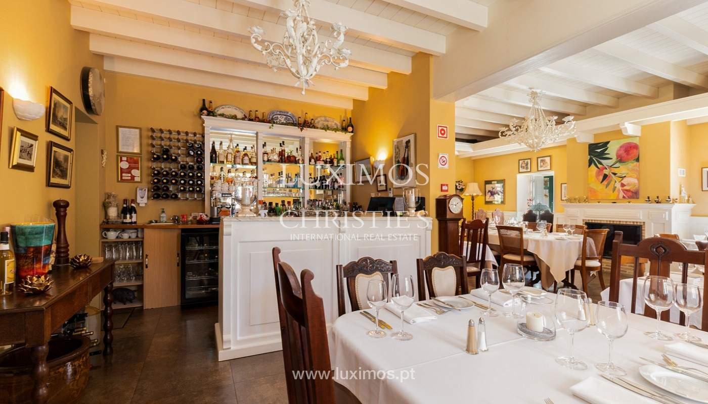 Fantastische Villa mit Garten und Pool und Gebäude für gewerbliche Tätigkeit, Algarve_163073
