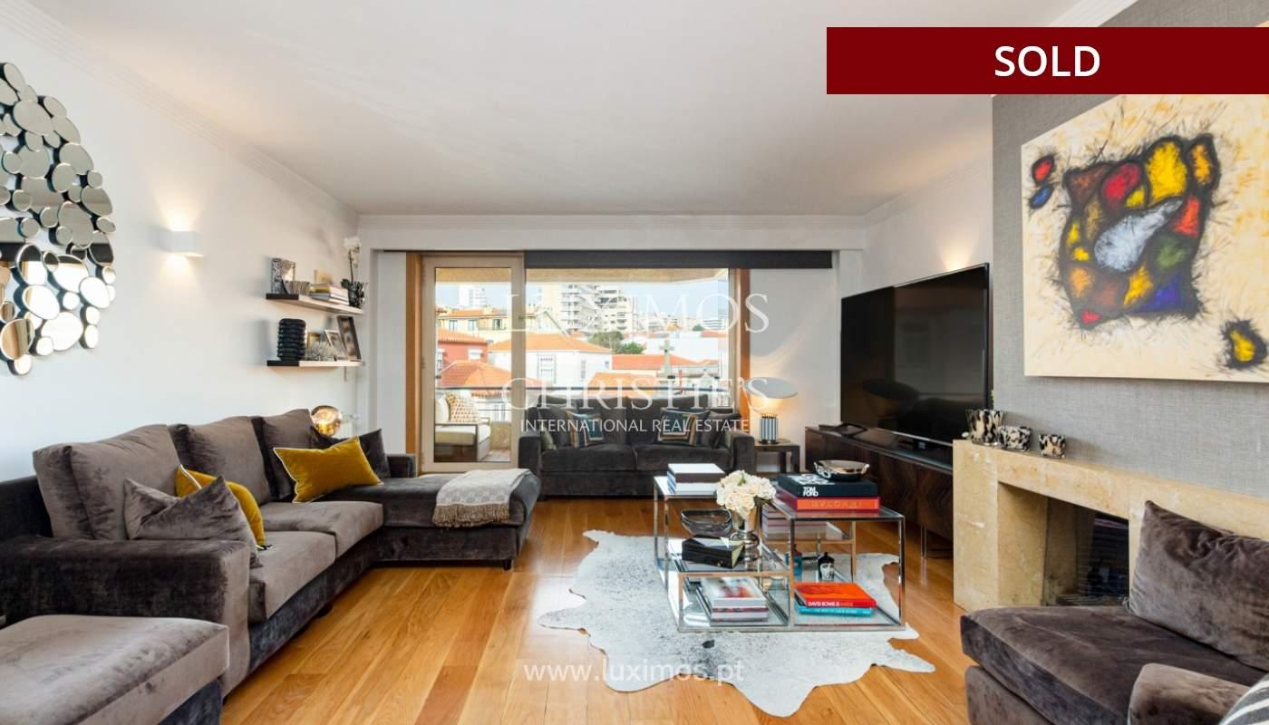 Wohnung mit Balkon, zu verkaufen, in Foz do Douro, Porto, Portugal_163771