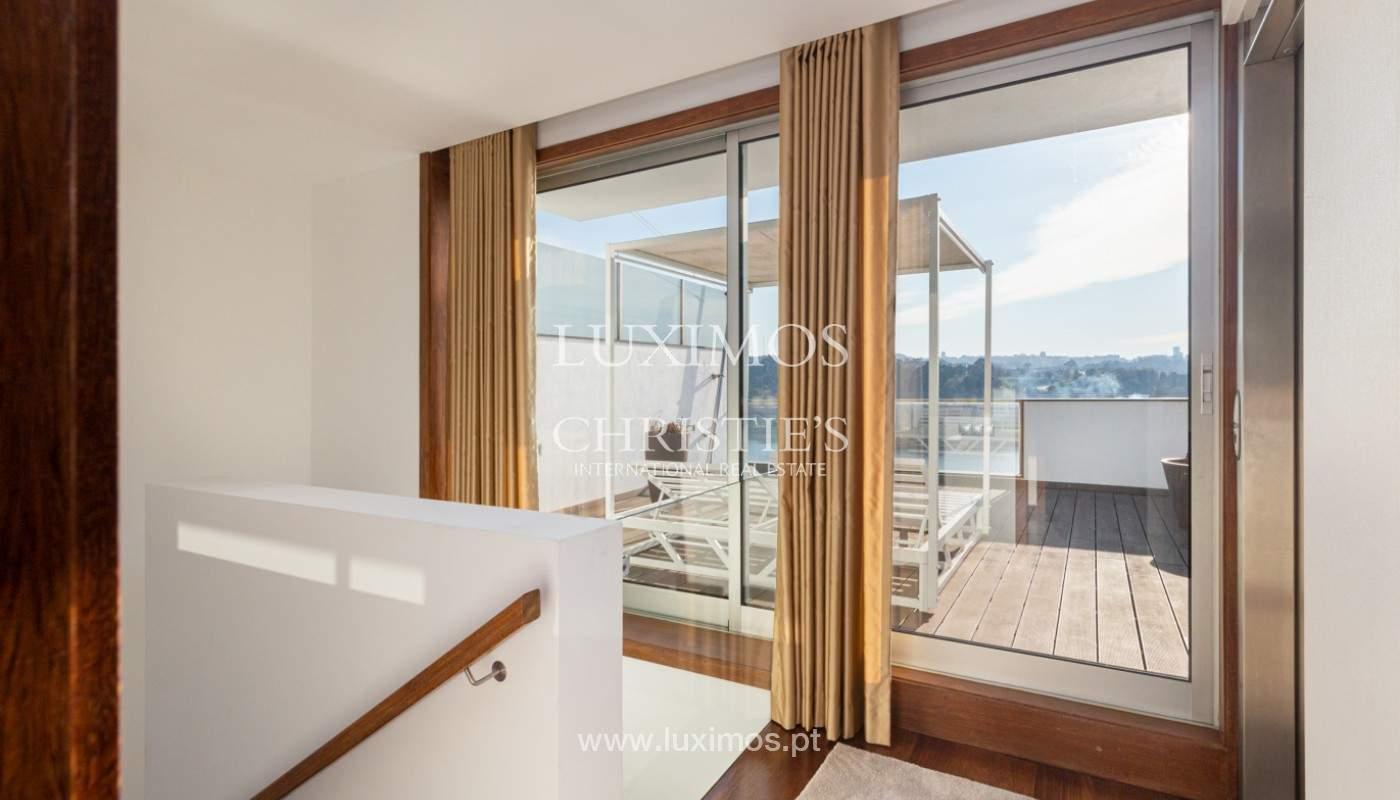 Luxuriöse Villa mit Flussblick, zu verkaufen, in Valbom, Porto, Portugal_164375