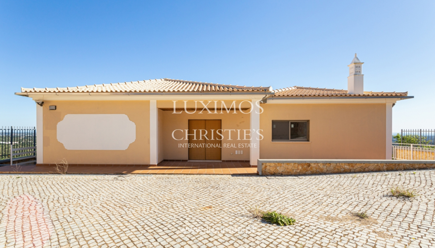 New villa, mountain and sea views, for sale, Santa Barbara de Nexe_165355
