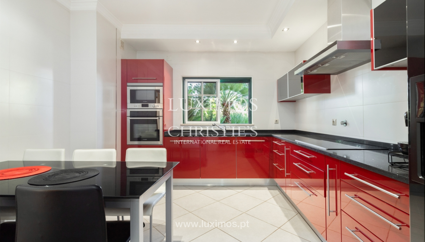 Moradia V3, condomínio privado, Albufeira, Algarve_165384