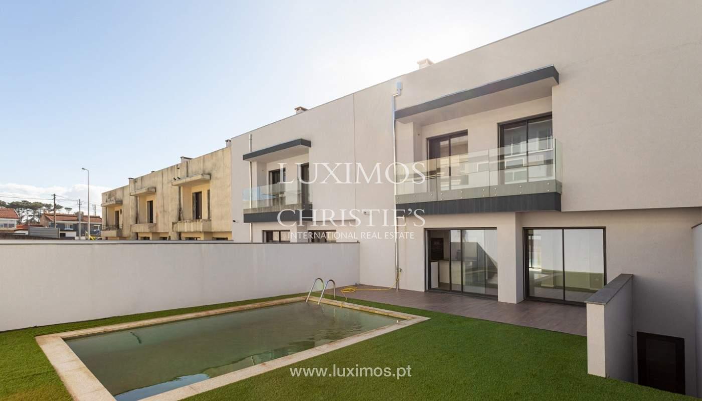 Villa con piscina y jardín, en venta en Salgueiros, V.N. Gaia, Portugal_165637