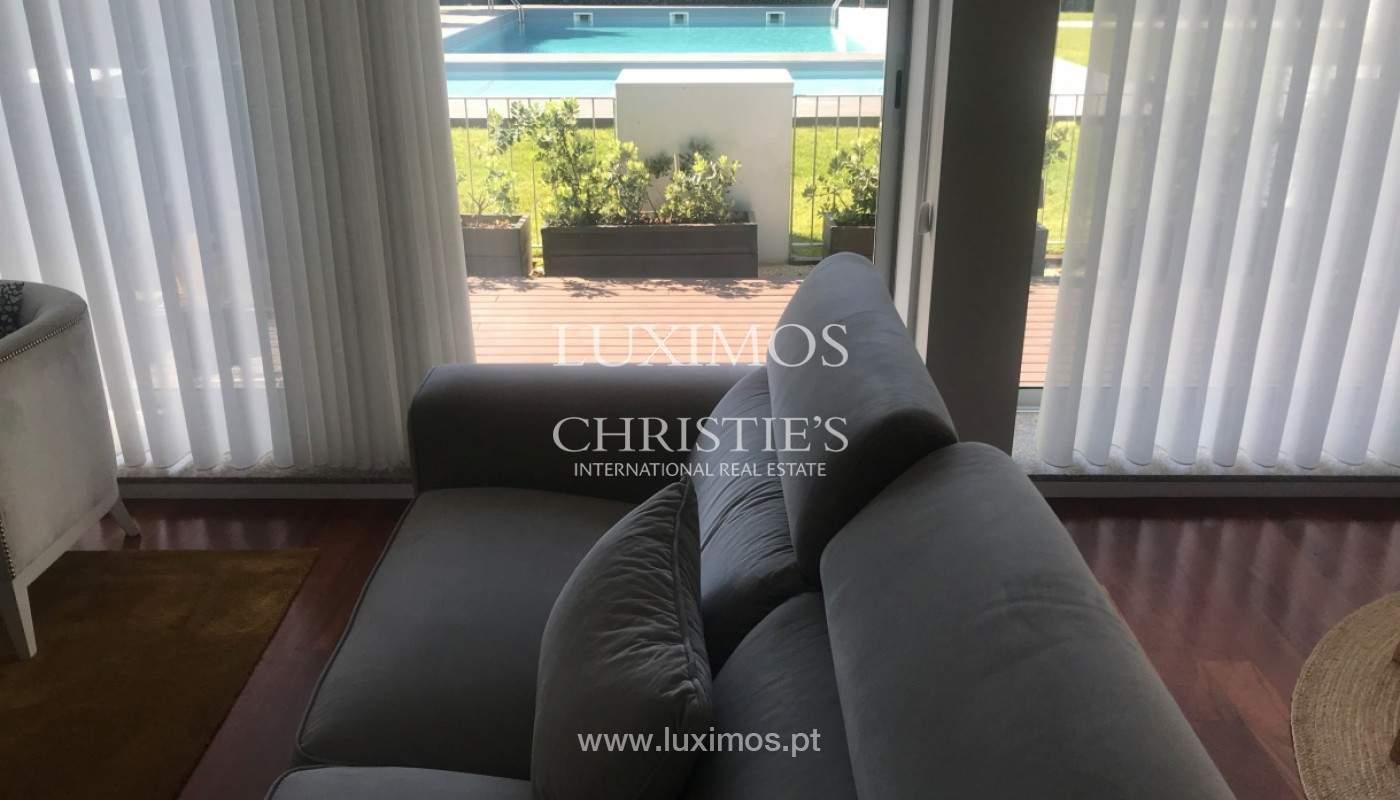 Apartamento com terraço, para venda, próximo da praia em Lavra, Porto, Portugal_165699