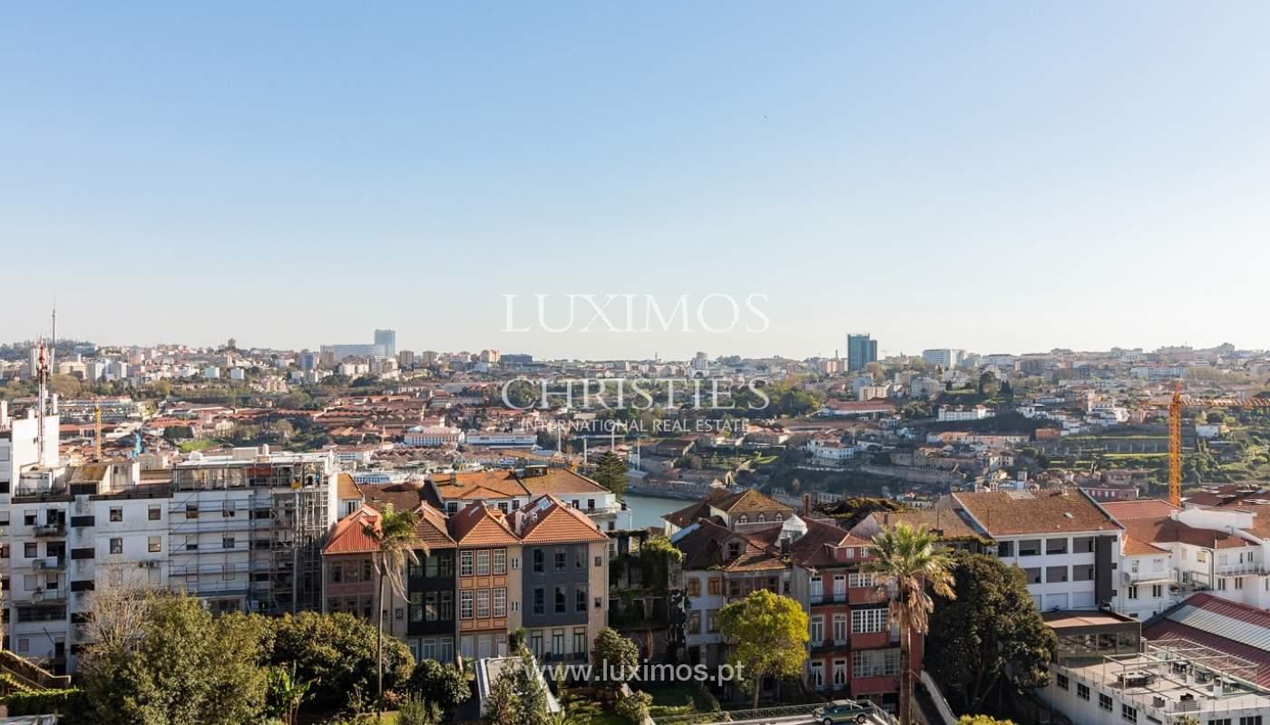 Apartamento con vistas al río, en venta, en el centro de Oporto, Portugal_165777
