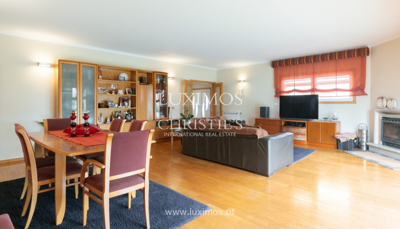 Modern villa with covered terrace, for sale, in Matosinhos, Portugal_165945