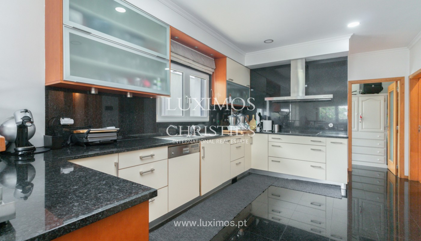 Modern villa with covered terrace, for sale, in Matosinhos, Portugal_165947