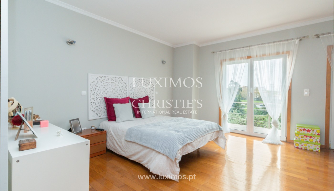 Modern villa with covered terrace, for sale, in Matosinhos, Portugal_165950