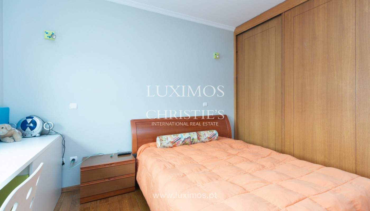 Modern villa with covered terrace, for sale, in Matosinhos, Portugal_165952