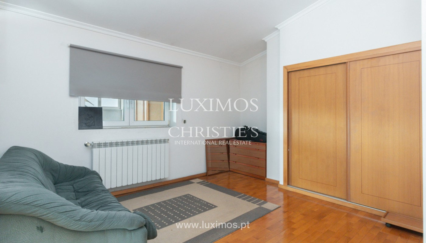 Modern villa with covered terrace, for sale, in Matosinhos, Portugal_165955